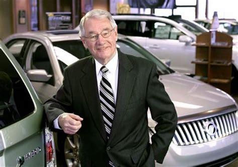 pfeiffer     dealers honored  ford motors