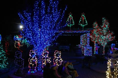 holiday light show picture of shady brook farm yardley