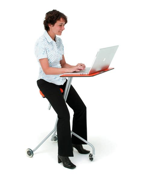 the scooter desk yanko design