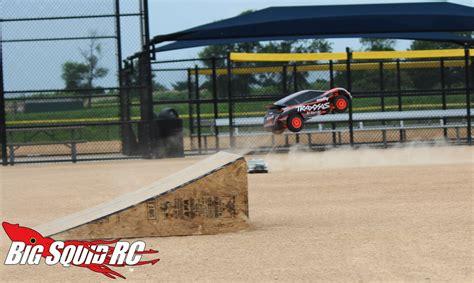 rc rally car shootout jumping big squid rc rc car