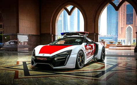 2018 W Motors Lykan Hypersport Abu Dhabi Police Wallpaper