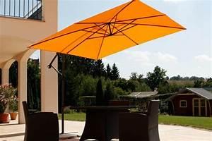 trendiger sonnenschutz mit ampel sonnenschirmen With französischer balkon mit ampel sonnenschirm schneider