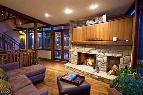 chalet style house casa de madera canadiense con terraza casas de madera