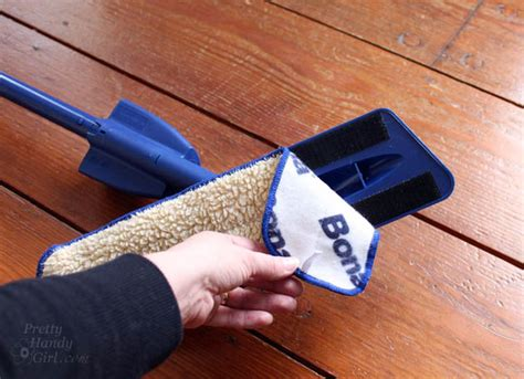 Bona Hardwood Floor Applicator Pad by How To Refinish Wood Floors Without Sanding Pretty Handy