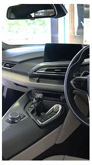 File:2018 BMW i8 Interior.jpg - Wikimedia Commons