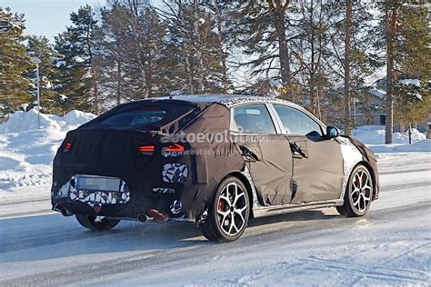 2019 Hyundai I30 N Fastback Looks Undecided Between A