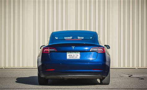 Download How Much Storage Space Is In A Tesla 3 Images
