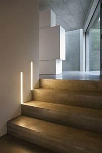 Indirekte Beleuchtung Treppe : die led lichtleiste 30 ideen wie sie durch led leisten verlockende innendesigns schaffen ~ Pilothousefishingboats.com Haus und Dekorationen