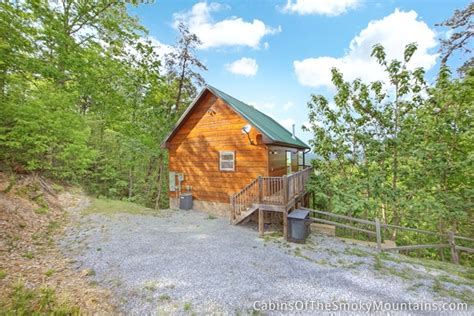 lookout mountain cabins pigeon forge cabin lover s lookout 1 bedroom sleeps 4