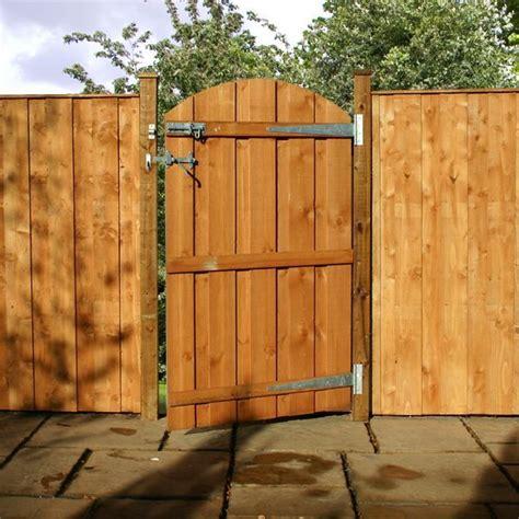 backyard gates fence gate fence backyard pinterest