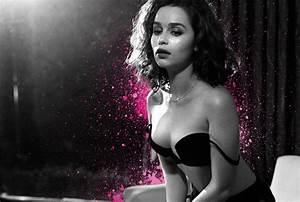 Khaleesi Emilia Clarke Was Sh*tfaced For Her Sexiest Woman ...