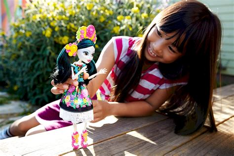 Monster High® Skelita Calaveras® Doll