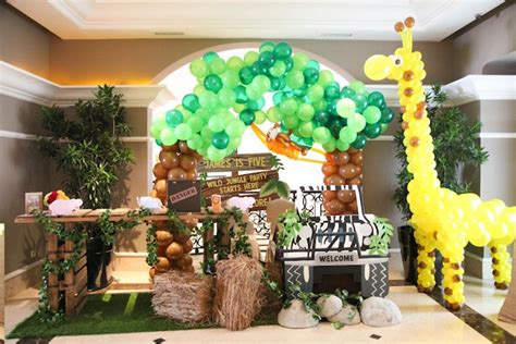 karas party ideas  table   jungle animals