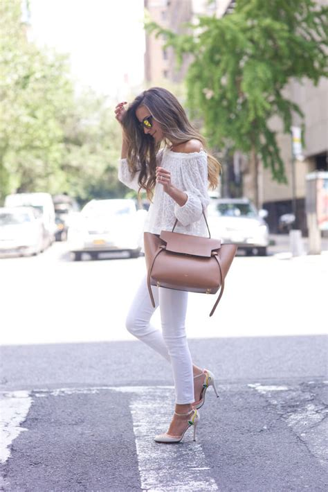 14 Cute Outfits With White Jeans To Rock This Summer