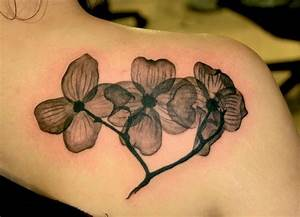 Black and white flower tattoo | Tattoos I like | Pinterest ...
