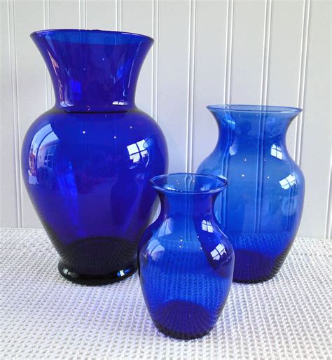 Cobalt Blue Vases In Bulk by Cobalt Blue Vases The Shorter Two Are For Our