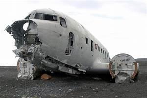 Access To Slheimasandur US Navy Plane Wreck Barred