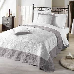 Couvre Lit 220x240 : nuances du monde couvre lit emma 220x240 blanc gris ebay ~ Teatrodelosmanantiales.com Idées de Décoration
