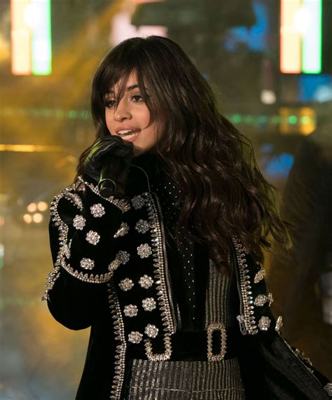 foto de Camila Cabello Performs at theClark's New Year's