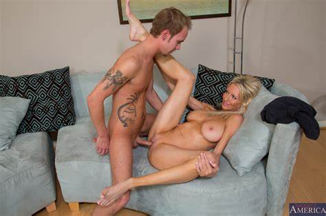 Bride Seduced And Plowed By Lover Pretty Bitches Kinky Emma Starr Showing Her Bbc Sucks