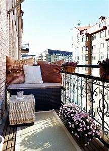 Deko Ideen Balkon : balkongestaltung 50 fantastische beispiele ~ Frokenaadalensverden.com Haus und Dekorationen