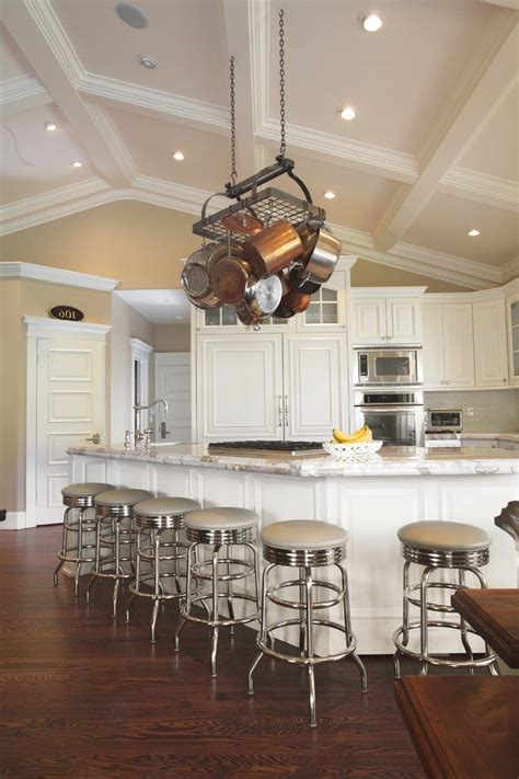 vaulted kitchen ceiling ideas best 20 vaulted ceiling decor ideas on coffee