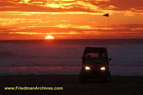 jeep beach sunset pismo beach jeep sunset