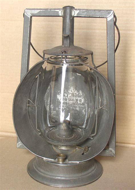 tubular dietz beacon dash lamp lantern thingery previews