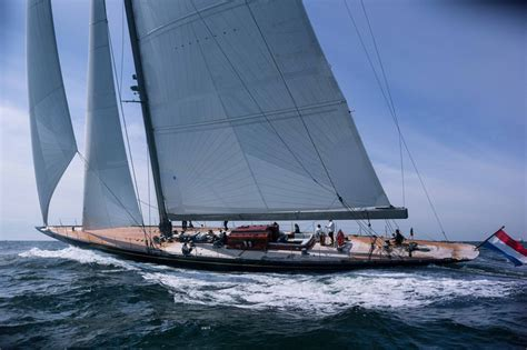 J Boats Yachts by New J Class Yacht Rainbow Marries Tradition And Technology