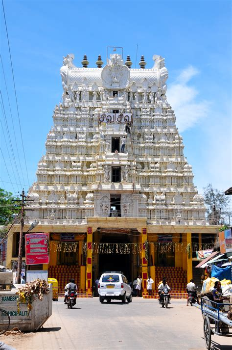 File:Rameswaram Temple Tower.jpg - Wikimedia Commons
