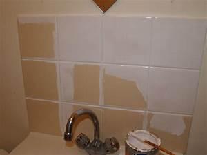 comment repeindre le carrelage de la cuisine bricobistro With comment peindre carrelage salle de bain