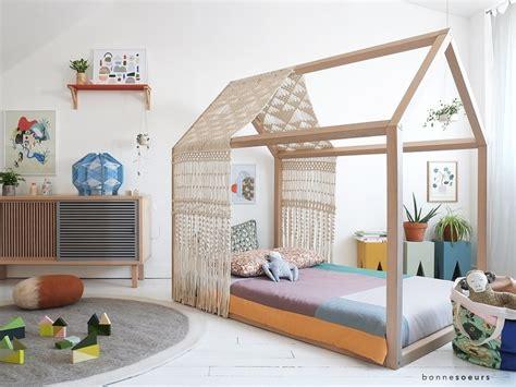 lit cabane enfant lit cabane esprit montessori choisir lit cabane chambre
