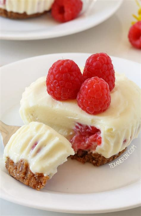 This raspberry cheesecake is best made the night before as it needs at least 6 hours to set before you dish it up. No-bake Mini Raspberry Cheesecakes - Texanerin Baking