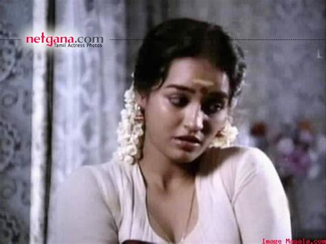 Chithra Aunty(actress) -see
