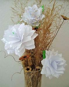 Rosen Aus Papier : rosen aus din a4 papier mit eigenen h nden ~ Frokenaadalensverden.com Haus und Dekorationen