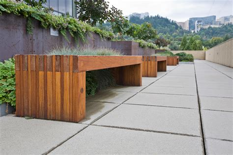 Hudson Bench  Outdoor Forms+surfaces
