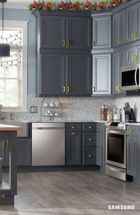 rustic grey kitchen cabinets 258 best images about painted cabinets on 4977