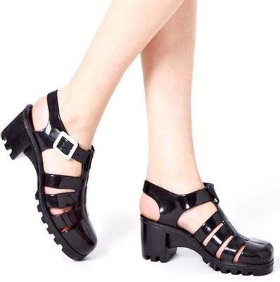Model Sepatu Pantai Wanita gaya vintage wanita sandal t sepatu dengan rome pantai