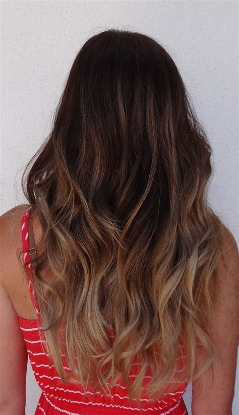 Fantastic Ombre Hairstyles For Long Wavy Hair Subtle
