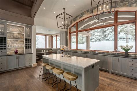 types  rustic kitchen cabinets  pine