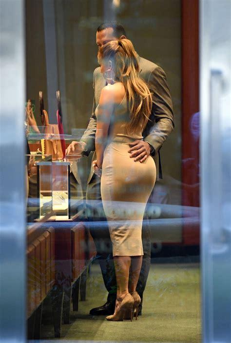 Jennifer Lopez Sexy 40 Photos Thefappening