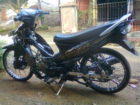 Modifikasi Zr 150cc by Modifikasi Motor Yamaha Zr Keren Terbaru Otomotiva