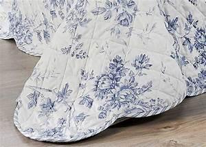 couvre lit boutis cabourg taies d39oreiller assorties With déco chambre bébé pas cher avec tee shirt imprimé fleuri