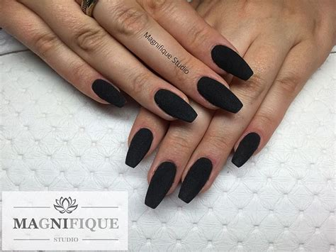 matt schwarze nägel black matt nails schwarz matt n 228 gel sieh dir dieses instagram foto magnifique studio nails