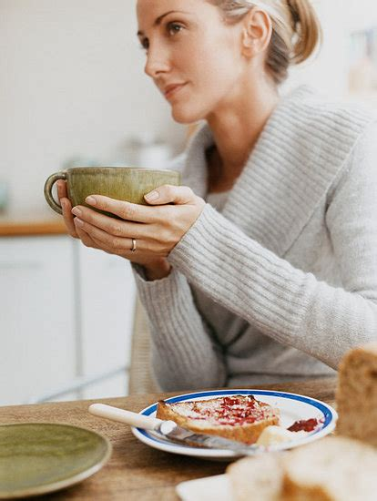 Healthy Eating Tip Sit Down And Eat Breakfast Popsugar