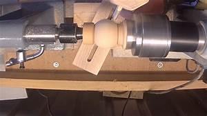 Poids D Une Stère De Bois : fabrication d 39 une sph re tournage sur bois youtube ~ Carolinahurricanesstore.com Idées de Décoration