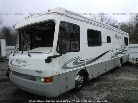 USED RV PARTS IN CARTHAGE MO - 1997 DAMON INTRUDER WRECKED MOTORHOME