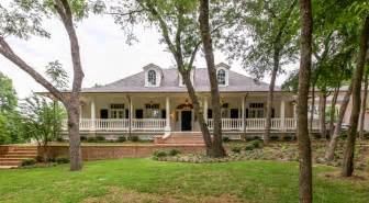 homes with wrap around porches country style acadian style architect richard drummond davis architects