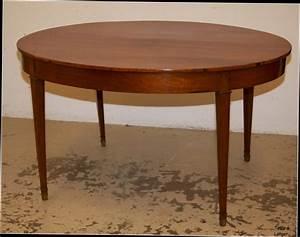 Table de salle a manger ronde en bois myqtocom for Salle À manger contemporaineavec table salle À manger ronde À rallonge
