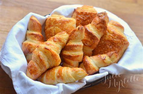 recette de croissant avec pate feuilletee p 226 te lev 233 e feuillet 233 e croissants pains au chocolat